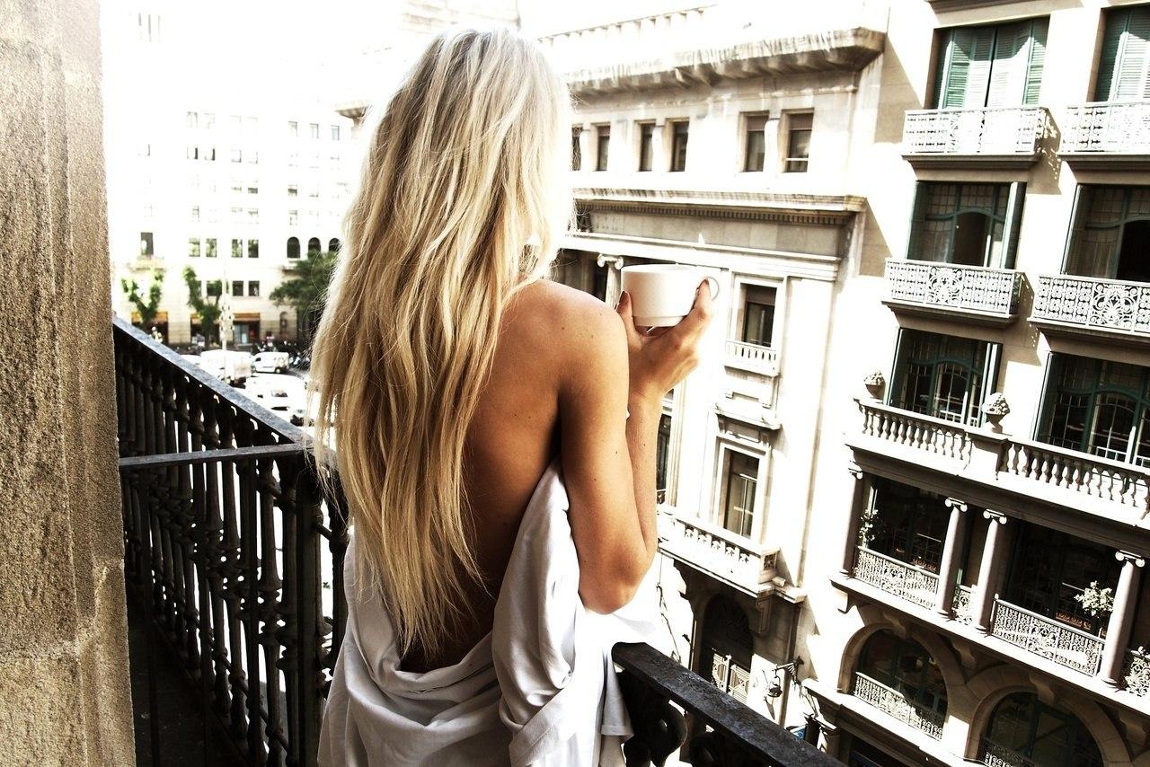 Фото красивой блондинки вид со спины 15 фотография