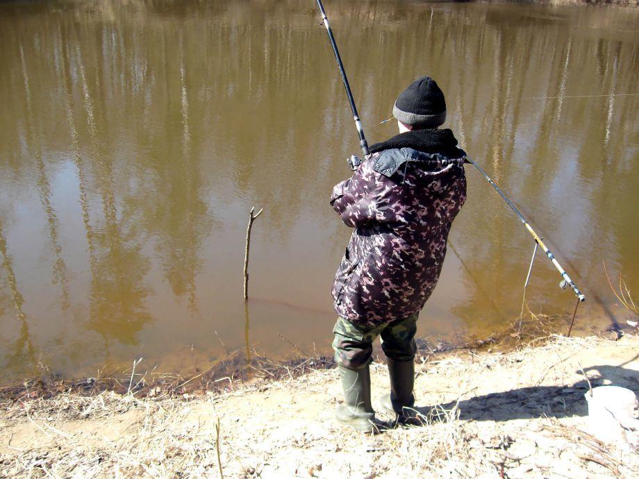 Первая весенняя рыбалка на карася