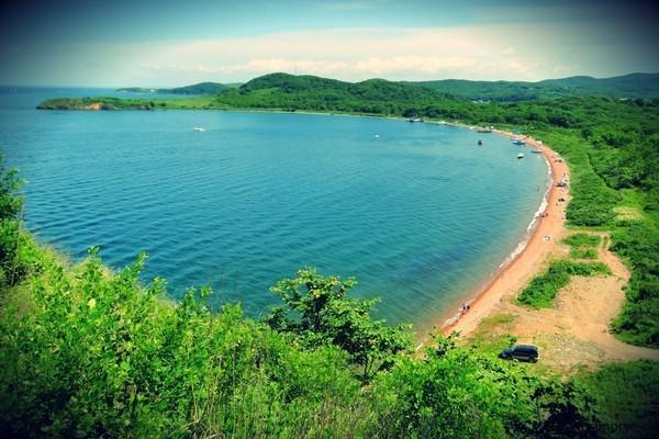 потоком шли остров русский пляжи фото этом
